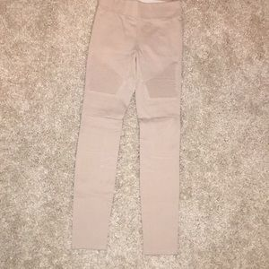 Wilfred beige pants with cool details